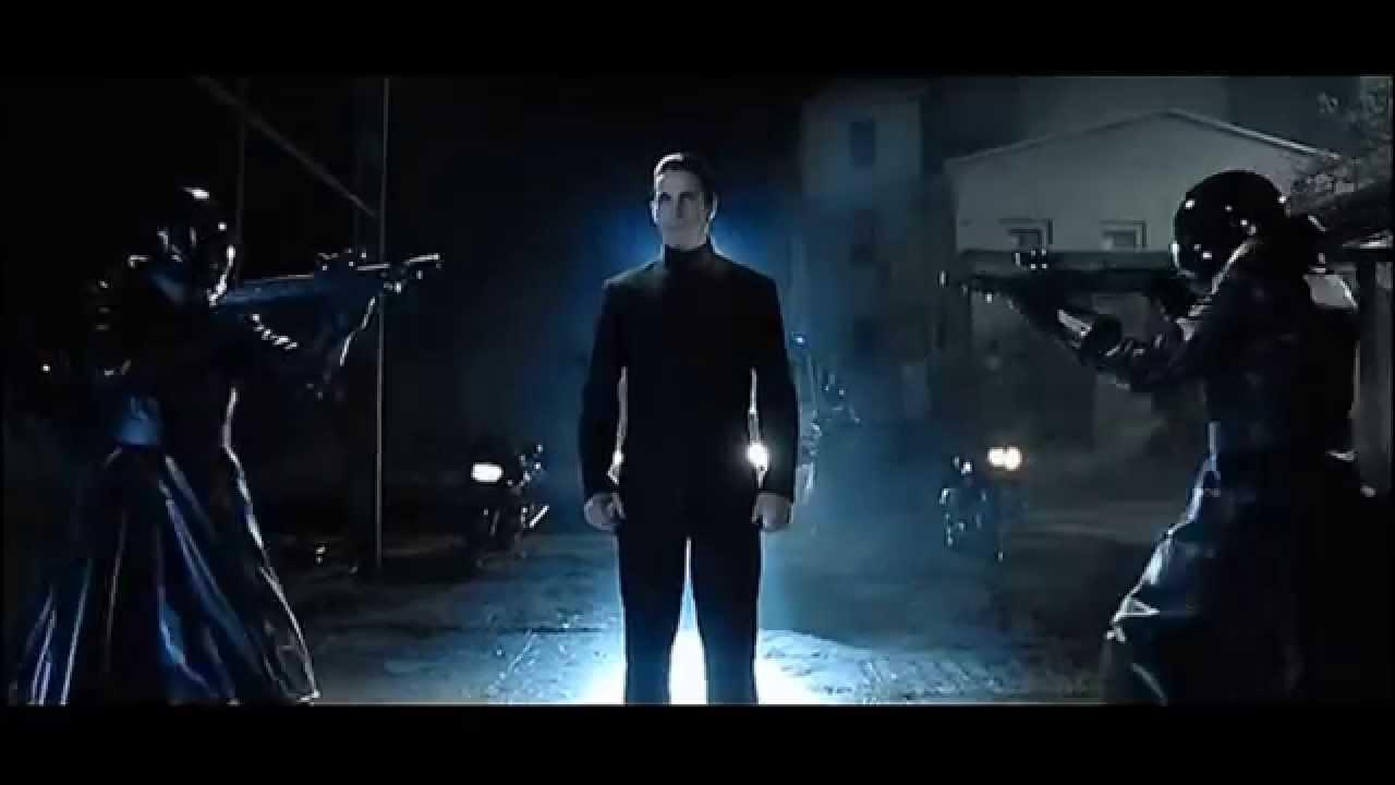 Una scena di Equilibrium, film del 2002 con Christian Bale
